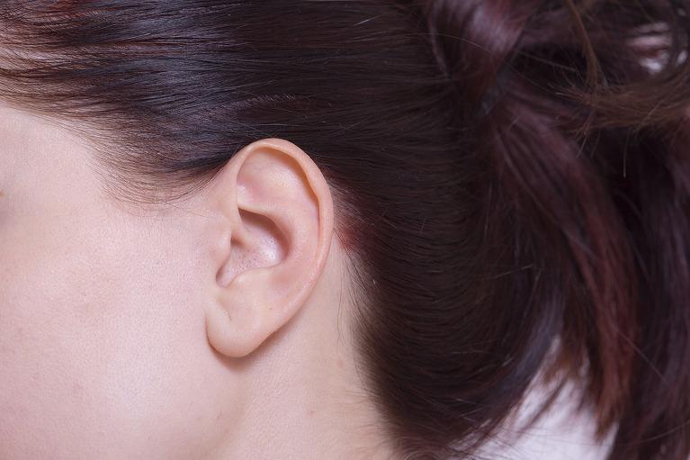 耳について